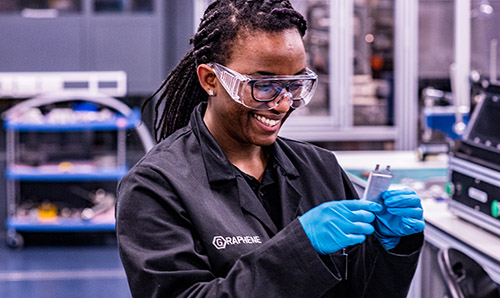 Female engineer in the energy storage lab